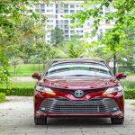 Giá lăn bánh xe Toyota Camry 2019